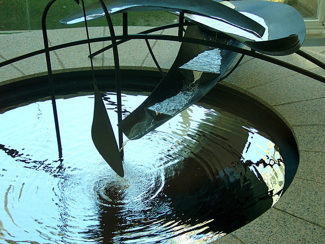 Найнезвичайніші фонтани: Фонтан-ртуть, Барселона
