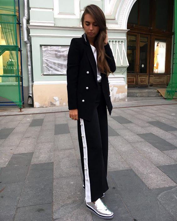Тренд 2018: штани з лампасами
