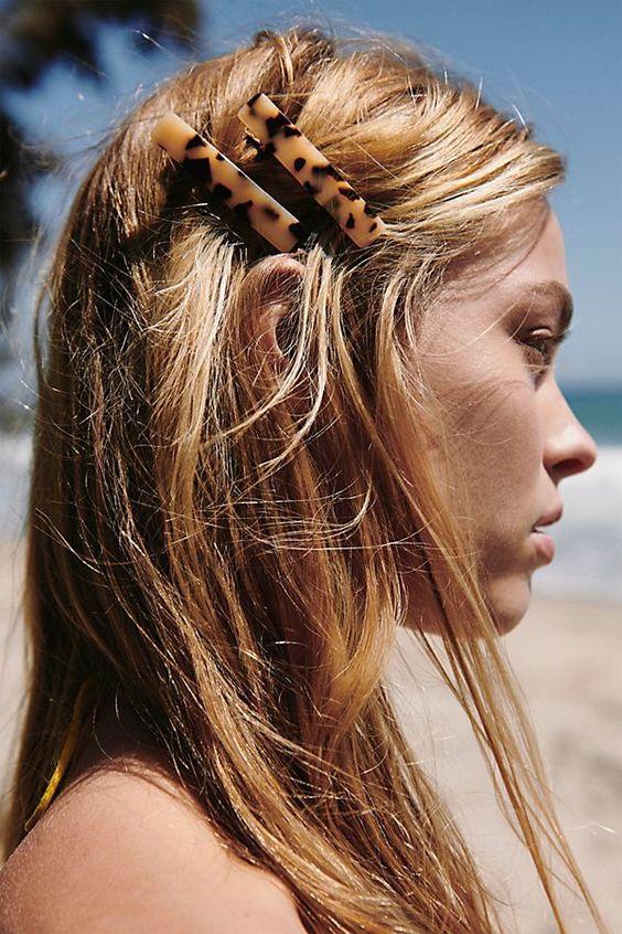 Зачіски з великими шпильками на літо: ТОП-20 варіантів