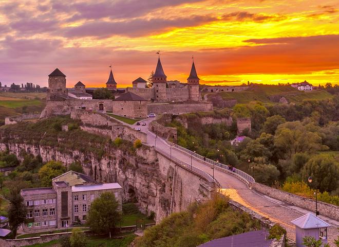 Кам'янець-Подільський, визначні пам'ятки