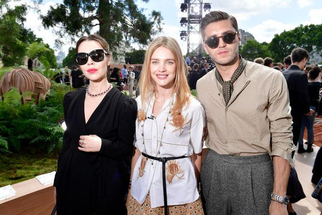 Образи гостей виставки Christian Dior