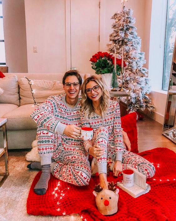 Family look: 12 семей, которые вдохновят тебя на милые новогодние наряды