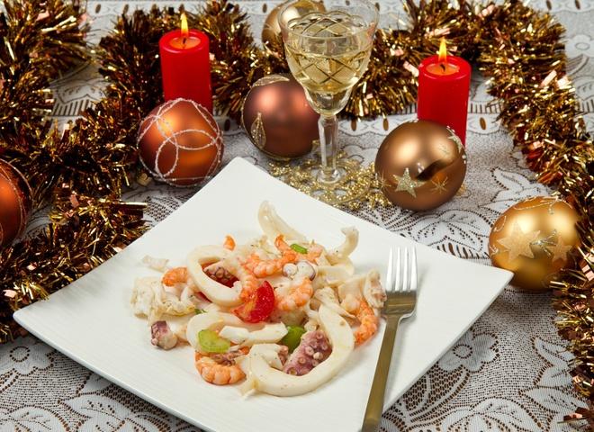салат з морепродуктами рецепт, новорічні рецепти