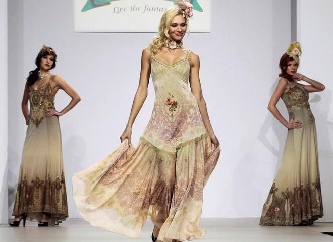 Вечірні сукні 2010/2011