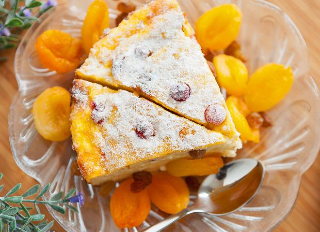 Пирог творожный с фруктами: рецепт универсального десерта