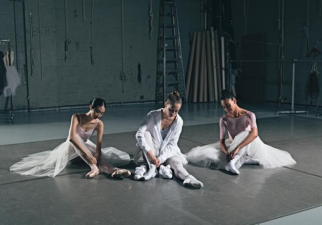 Кроссовки вместо пуантов: балерины и Кайли Дженнер в новом кампейне Puma