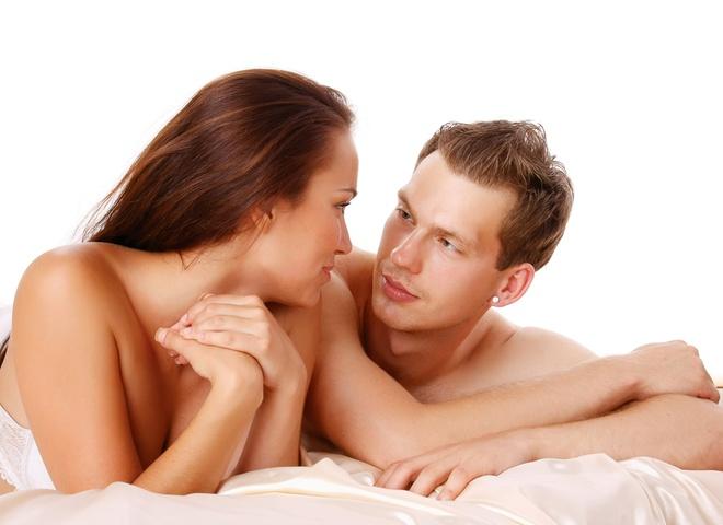 Кто сильно возбуждает при сексе девственница или женщина с опытом