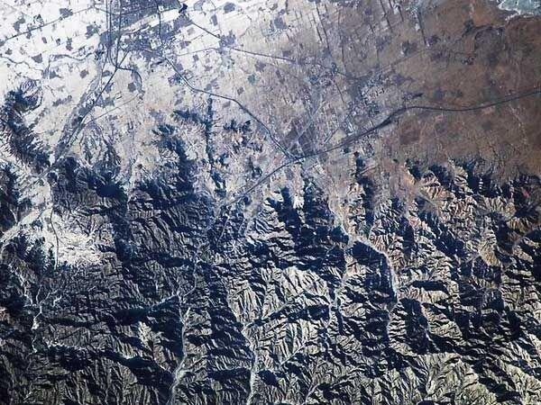Велика Китайська стіна з космосу