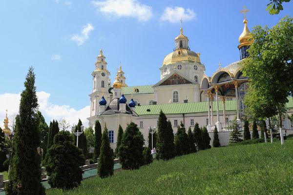 Куда поехать на Пасху 2012: Свято-Успенская Почаевская Лавра
