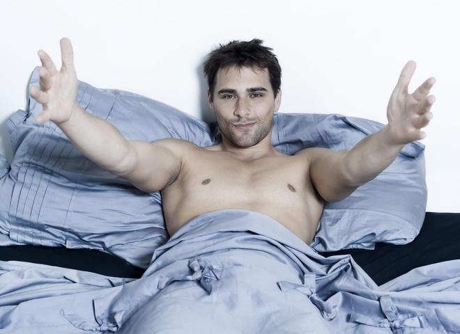 Решительный и сексуальный мужчина
