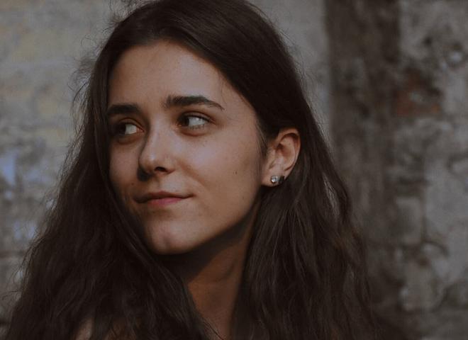 Тоня Матвиенко -  дочь Ульяна