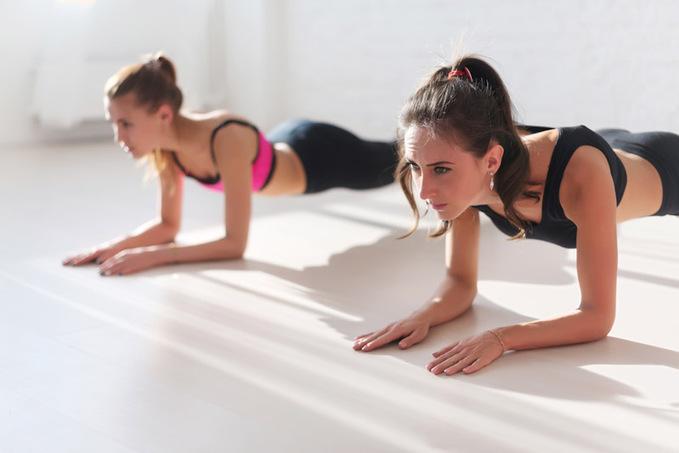 Как накачать мышцы дома: эффективные упражнения для всего тела
