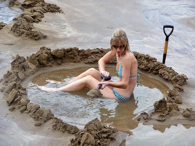Пляж з гарячою водою