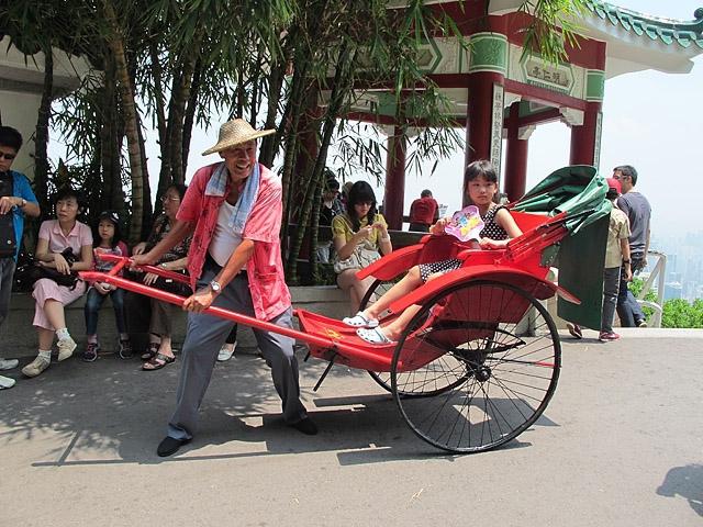8 найбільш незвичайних видів транспорту: Рикша, Індія