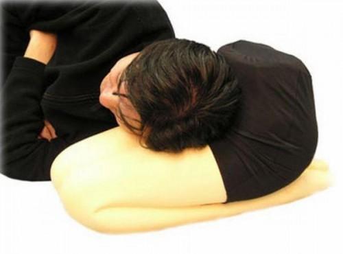 Подушки для одиноких мужчин
