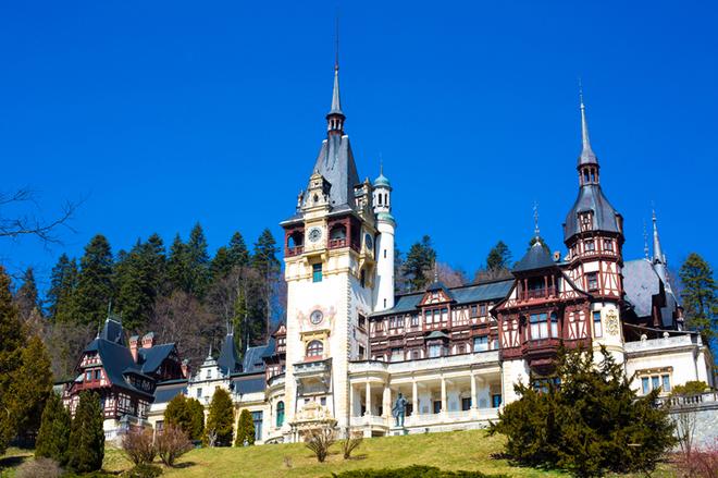 10 найкрасивіших замків світу