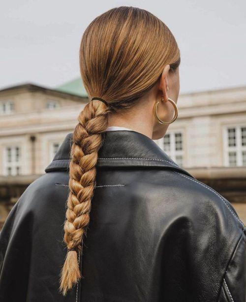 Як красиво укласти волосся