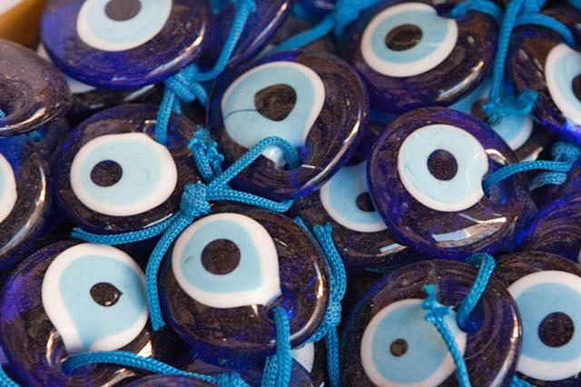 Что купить в Греции: матопетра или глаз фатимы