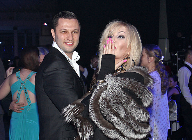 Ирина Билык с парнем
