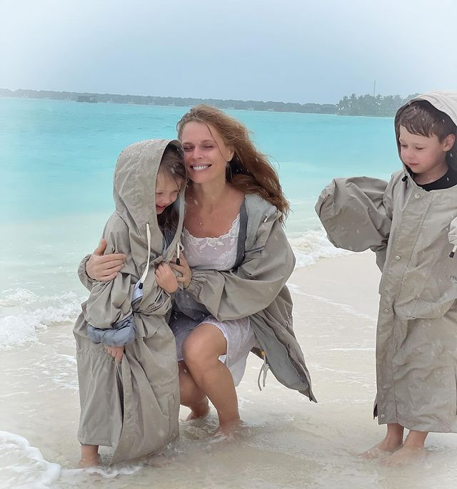 Ольга Фреймут с младшими детьми