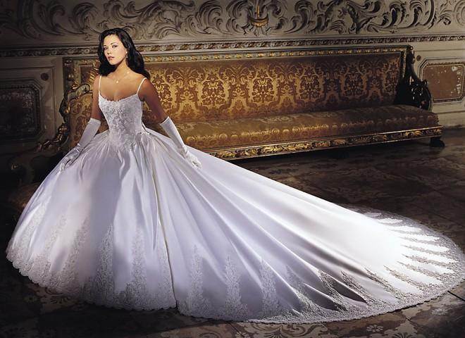 Весільна сукня з платини коштує $340 тис.