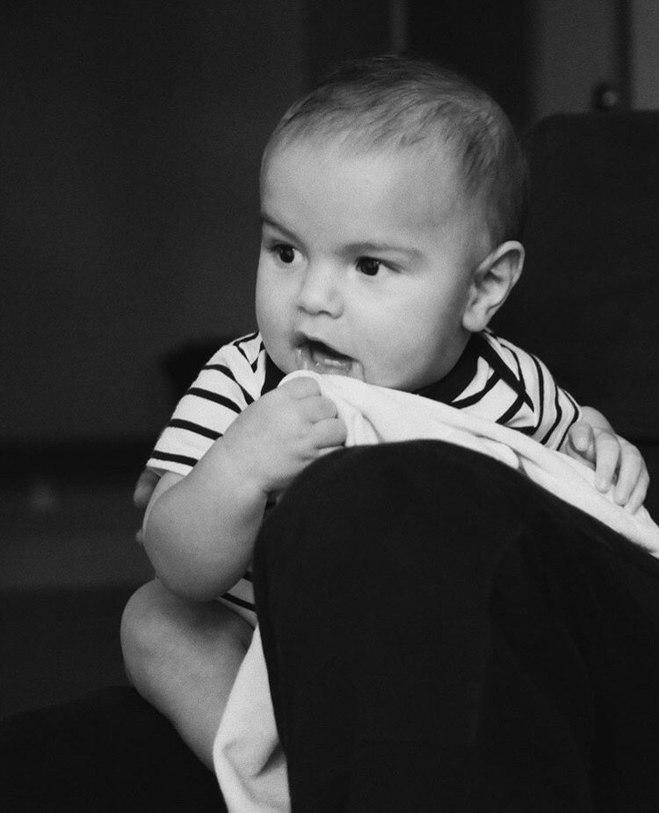 Ренн — молодший син Рікі Мартіна