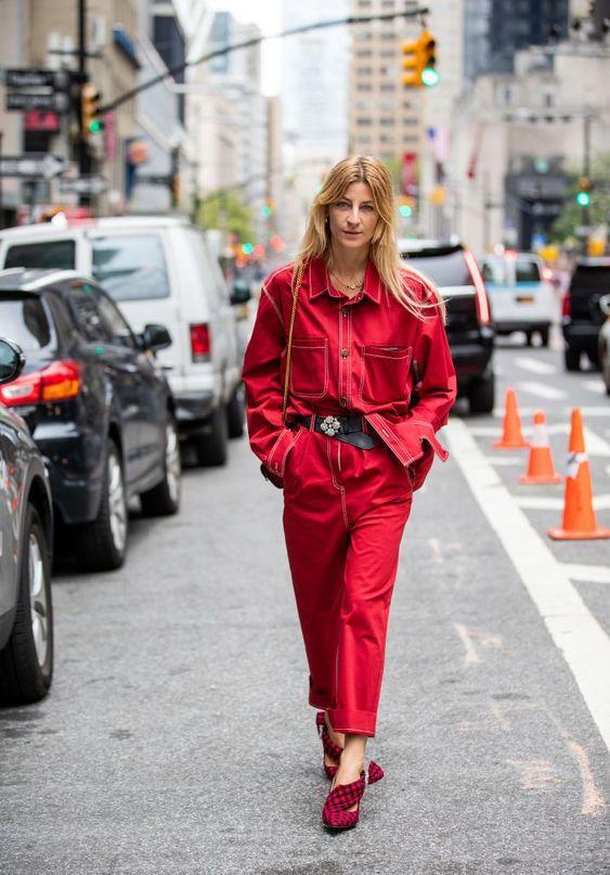 Червоні джинси осінь 2020