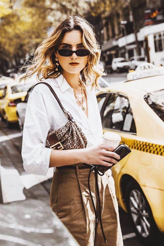 Cумки в стиле 90-х: как носить тренд лета 2019