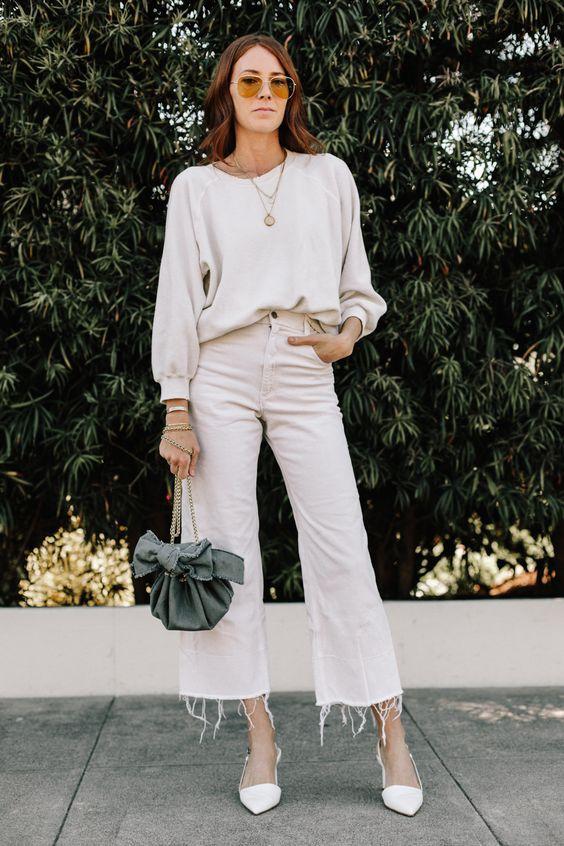 С чем носить wide-leg джинсы и почему они точно должны быть в гардеробе у каждой