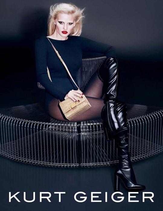 Лара Стоун в рекламній кампанії елітного бренду взуття та аксесуарів