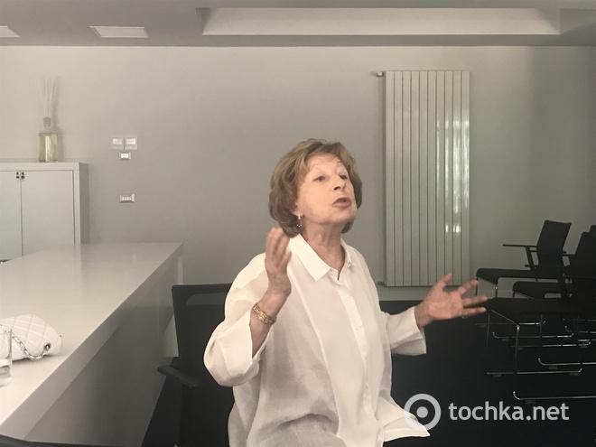 Лія Ахеджакова
