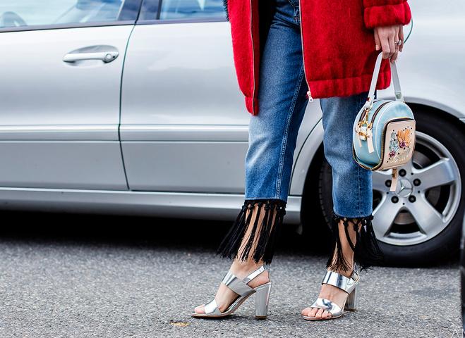 Модні тенденції весни 2016: джинси з бахромою