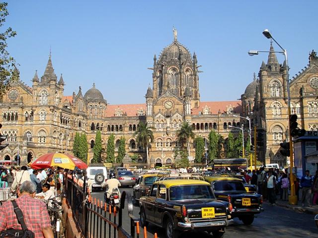 Достопримечательности Мумбаи: улица Дадабхаджи Наороджи