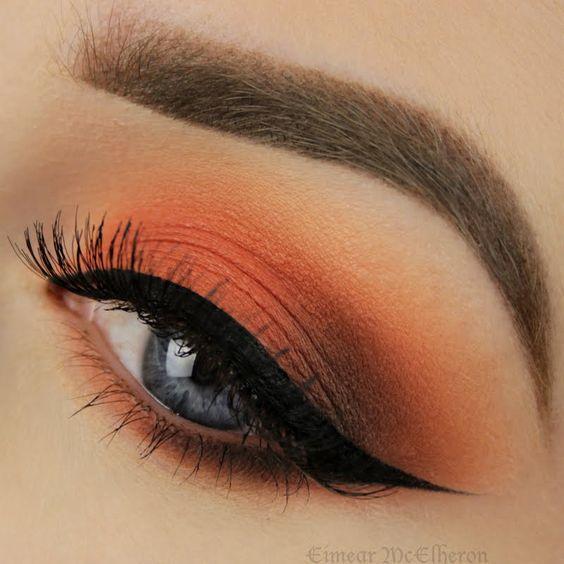 Макияж глаз цвета заката