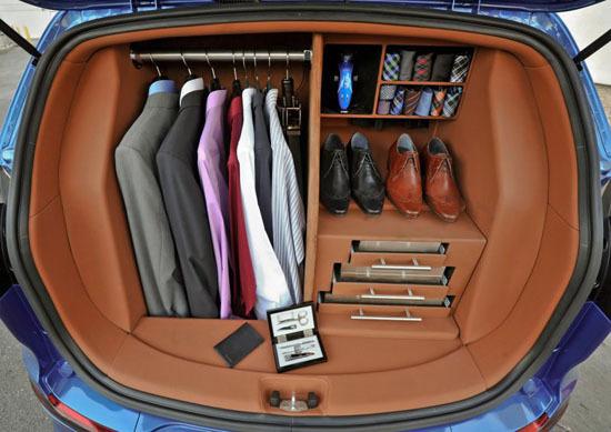 Багажник очень занятого человека