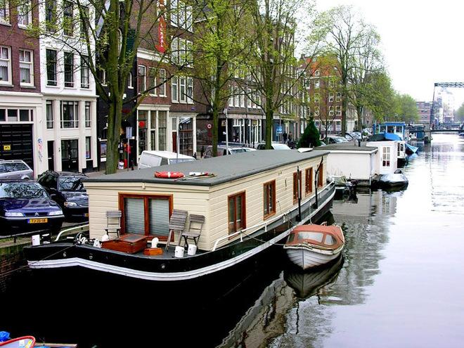 Путешествие по Амстердаму на автомобиле