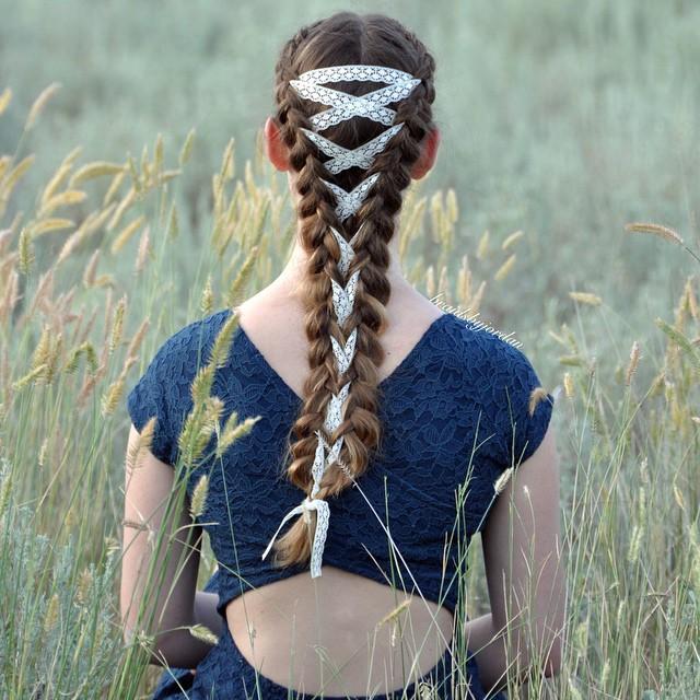 Бьюти-тренд осень 2016: корсет в волосах