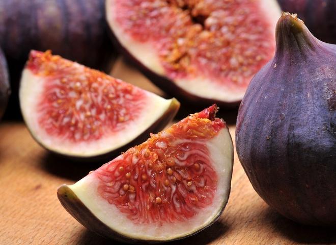 Если следишь за фигурой, возьми за правило перекусывать 2-3 плодами инжира, свежего или сушеного