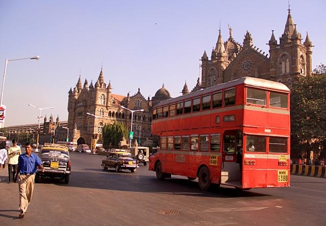 Цікаві місця Мумбаї: вулиця Дадабхаджі Наороджі