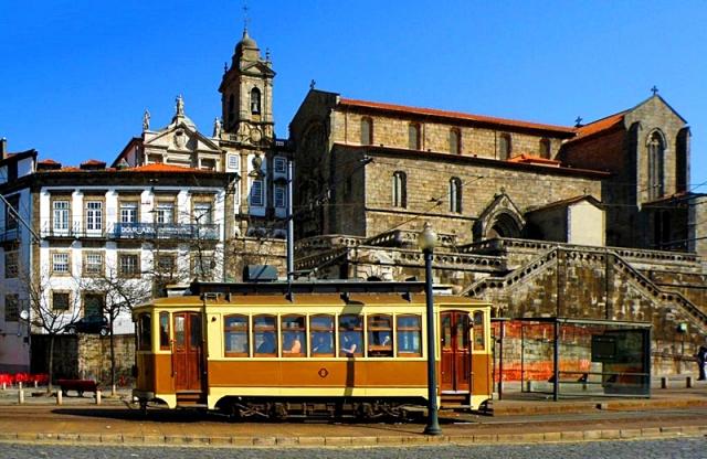 Что нужно сделать в Порту: старый трамвай