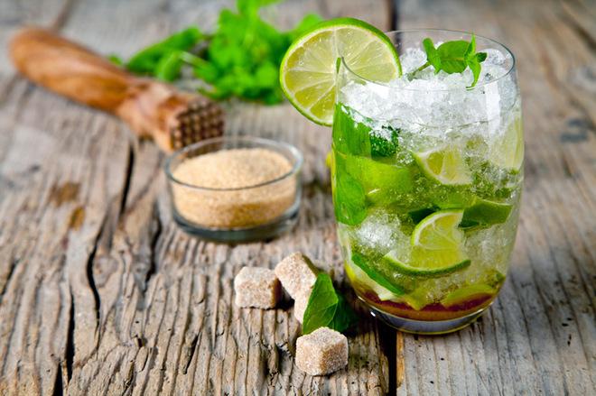 Безалкогольный мохито: топ-3 вкусных рецепта, которые спасут от жары