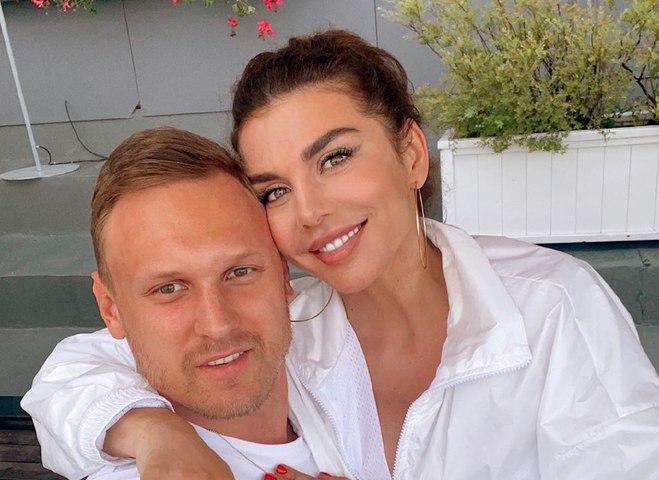 Анна Седокова та Янніс Тімма