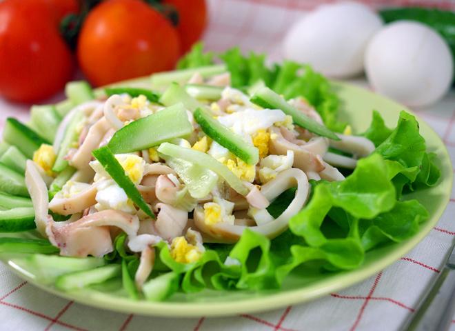 Салат из кальмаров, реуепт, как готовить