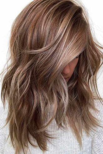 Модні стрижки 2017 для середньої довжини волосся