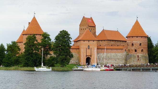 Туристическая Прибалтика: 4 локации, которые стоит посетить в Литве