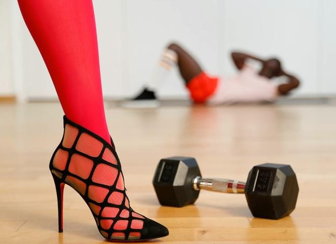 Каблуки в спортзале: пре-коллекция Christian Louboutin осень 2015