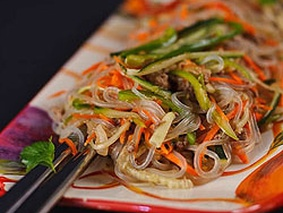 Салат(Фунчоза з морською капустою)