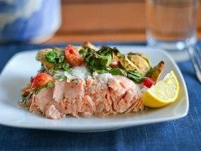 Запеченный лосось с грибами рецепт