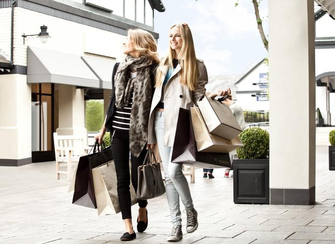 Названо найкращі міста для шопінгу