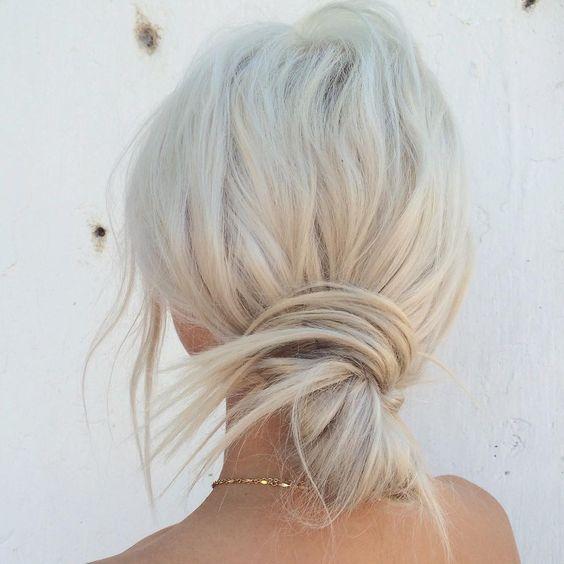 Прически для коротких волос на лето